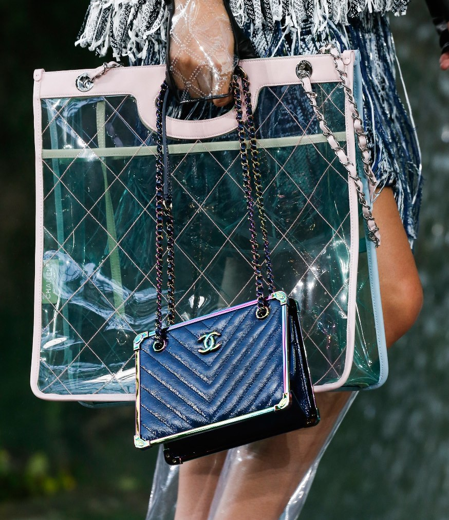 Chanel-Spring-Summer-2018-Collection-bags-5